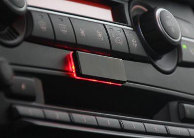 Stinger-Strip_ onder radio bediening