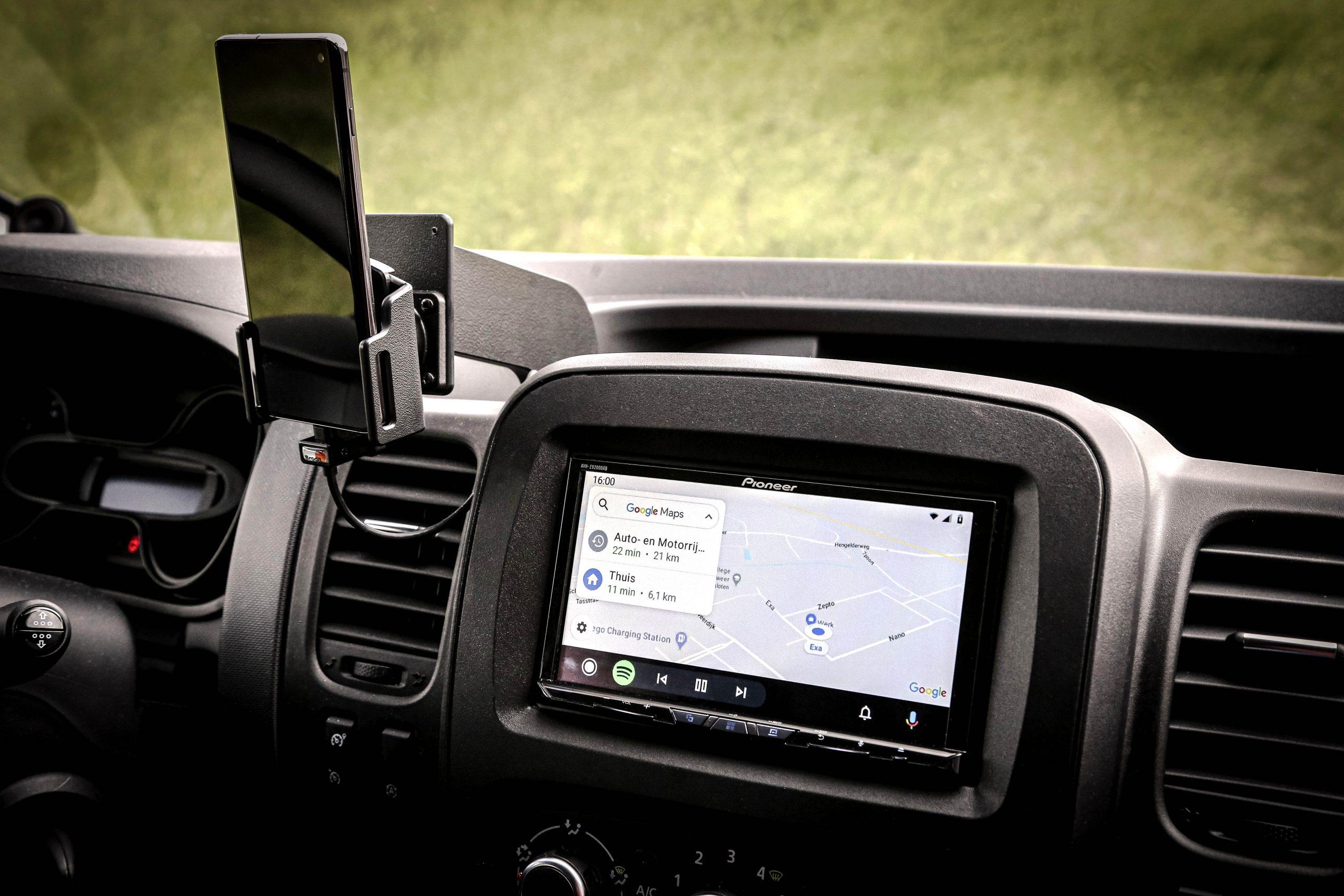 Update van de radio in Fiat Talento met Pioneer AVH-Z9200dab