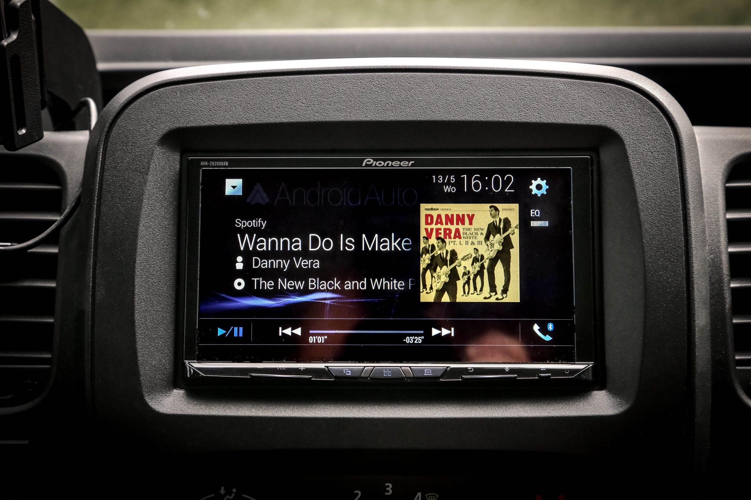 Sportify luisteren in de auto