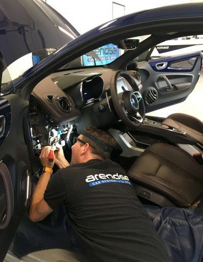 Stap voor stap alarm inbouw door Arendse Car Systems - stap 25